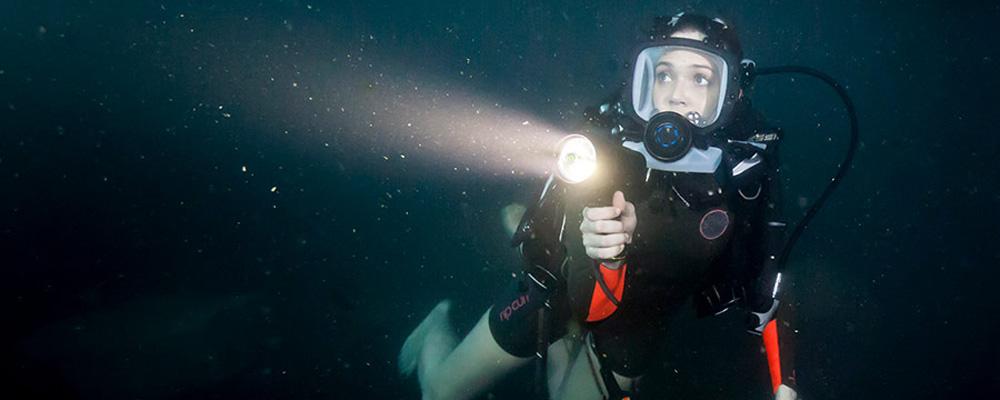 duża fotografia filmu Podwodna pułapka