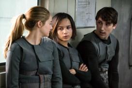 Divergent (2014) - Shailene Woodley, Zoë Kravitz, Ben Lloyd-Hughes