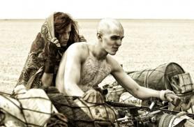 Mad Max: Fury Road (2014) - Riley Keough, Nicholas Hoult