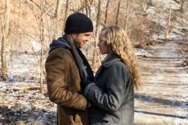 Fathers and Daughters (2015) - Aaron Paul, Amanda Seyfried