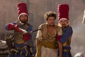 Les nouvelles aventures d'Aladin (2015) - Nader Boussandel, Kev Adams, Fatsah Bouyahmed