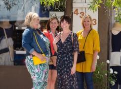 Fun Mom Dinner (2017) - Toni Collette, Molly Shannon, Katie Aselton, Bridget Everett