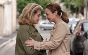 Sage femme (2017) - Catherine Deneuve, Catherine Frot