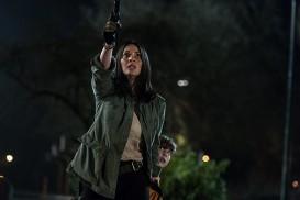 The Predator (2018) - Olivia Munn, Jacob Tremblay