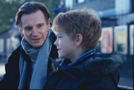 Love Actually (2003) - Liam Neeson, Thomas Sangster