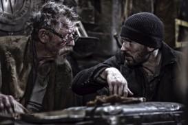 Snowpiercer (2013) - John Hurt, Chris Evans