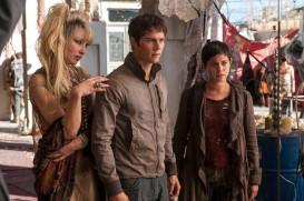 Maze Runner: The Scorch Trials (2015) - Dylan O'Brien, Rosa Salazar, Jenny Gabrielle