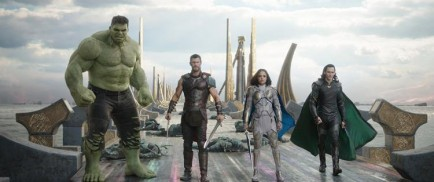 Thor: Ragnarok (2017) - Mark Ruffalo, Tom Hiddleston, Chris Hemsworth, Tessa Thompson